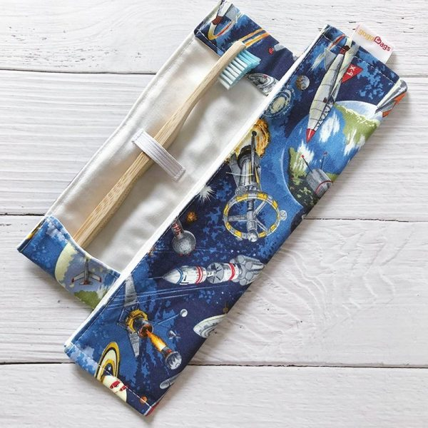 space-toothbrush-bag-gogobags-vancouver